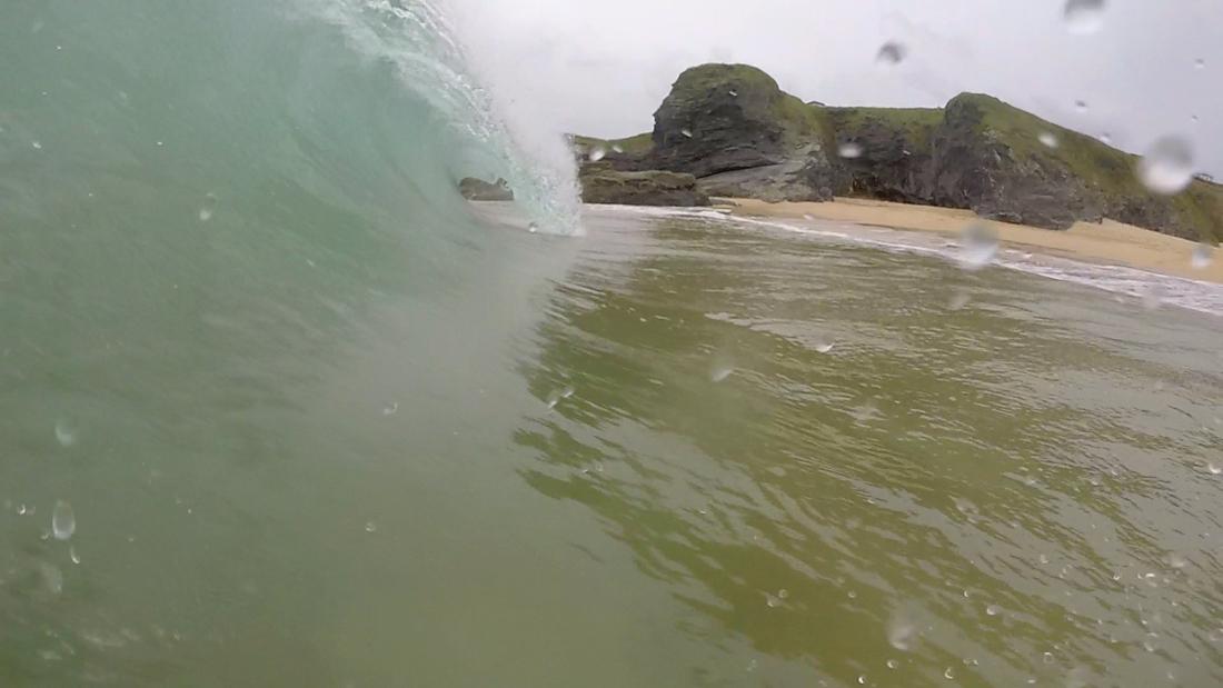 Mother Iveys Bay Wave